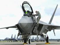 F-22_Raptor_Days_End.jpg