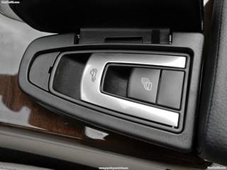 Mercedes-Benz-SLK350_2012_1600x1200_NewCarSe.com_8c.jpg
